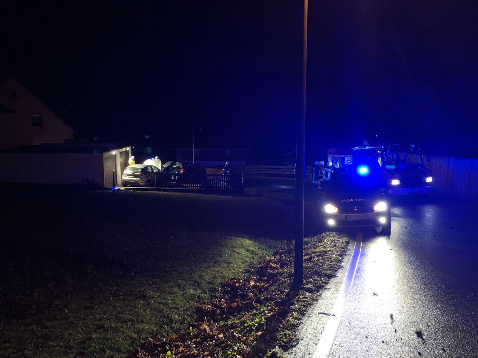 TH1 | Verkehrsunfall - auslaufende Betriebsmittel