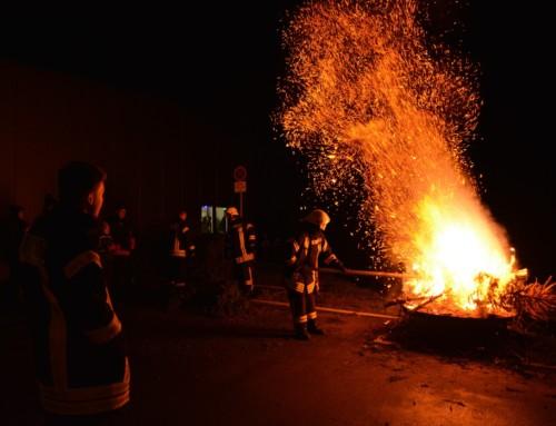 7. Weihnachtsbaum brennen