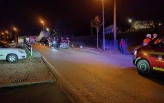 TH 1 | Auslaufende Betriebsmittel nach Verkehrsunfall 1